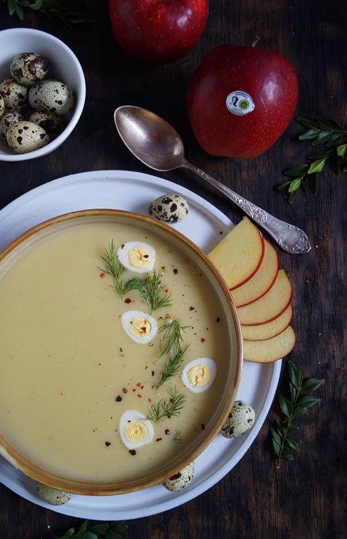 Jabłkowa zupa z chrzanem (2)