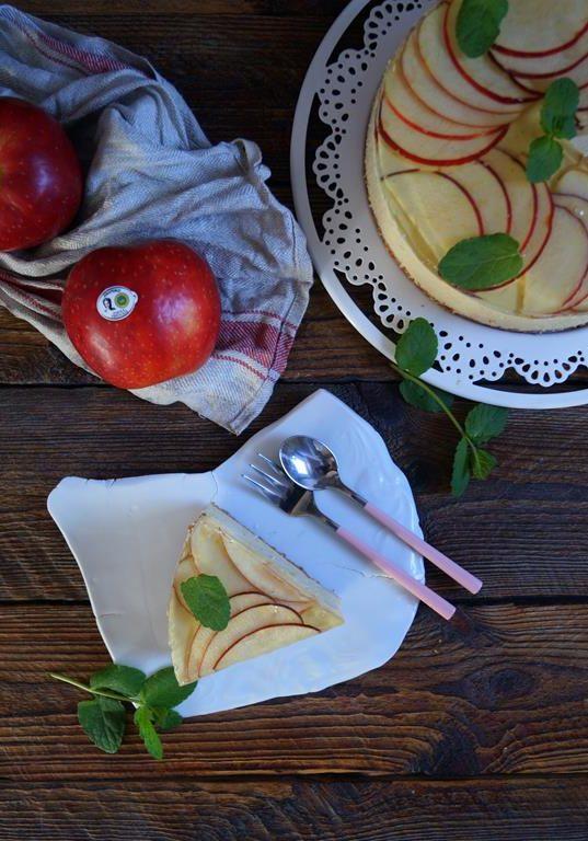 Sernik z karmelizowanymi jabłkami na zimno (2)