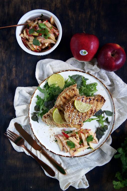 Grillowana pierś z indyka z salsą jabłkową (1)